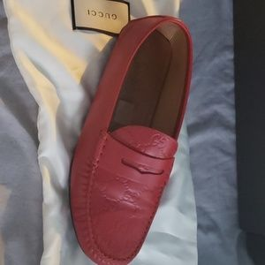 Gucci leather calf loafers